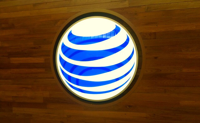 """Elliott had some choice words for AT&T  """"AT&T ATandT""""(CC BY 2.0)byJeepersMedia"""