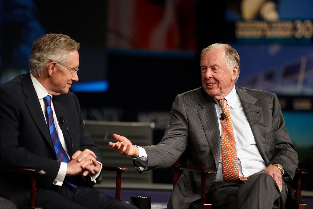 "He definitely enjoyed putting his name on things ""Senator Harry Reid and T. Boone Pickens"" (CC BY-ND 2.0) by Center for American Progress Action Fund"
