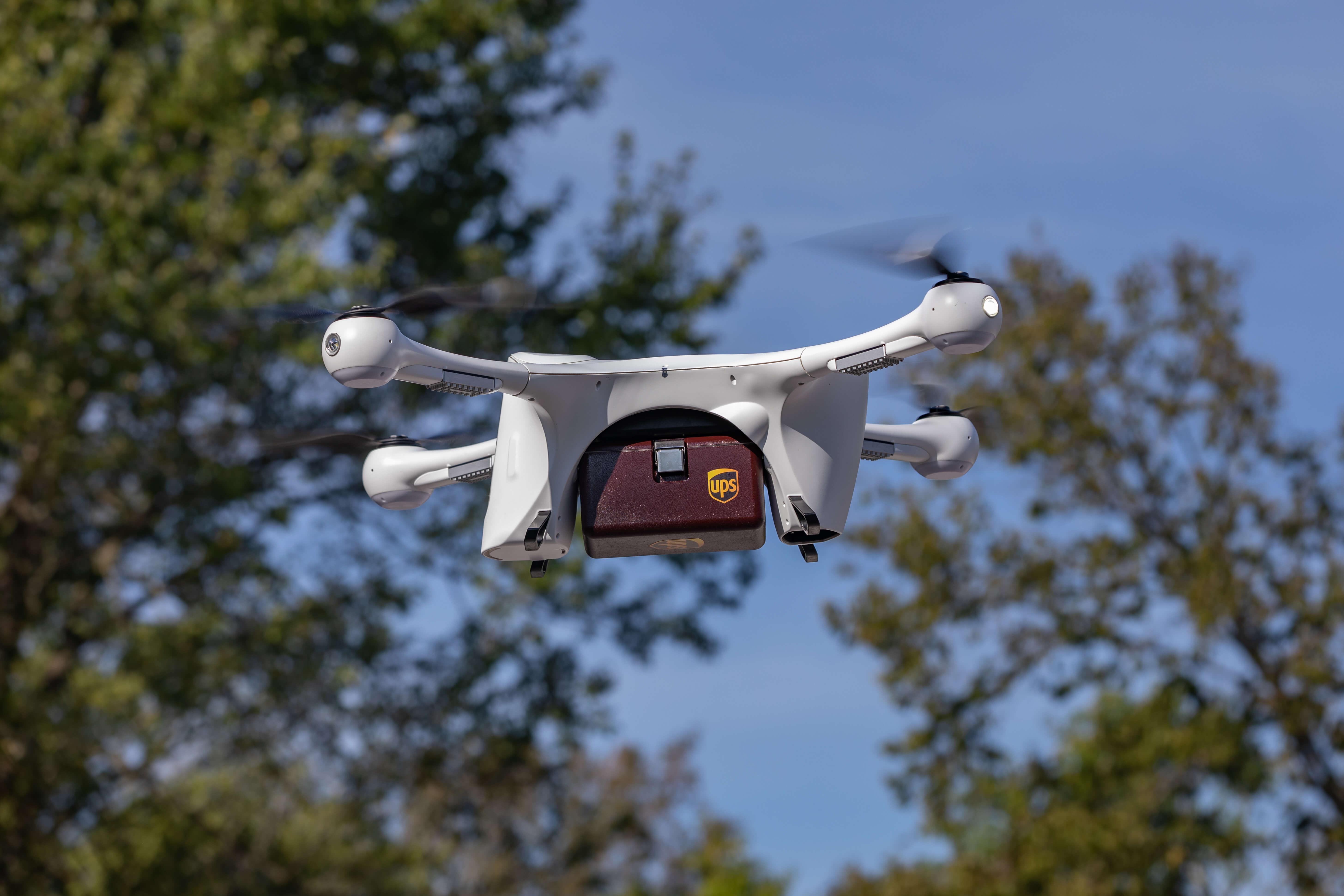 Niner niner, we have our first drone airliner UPS