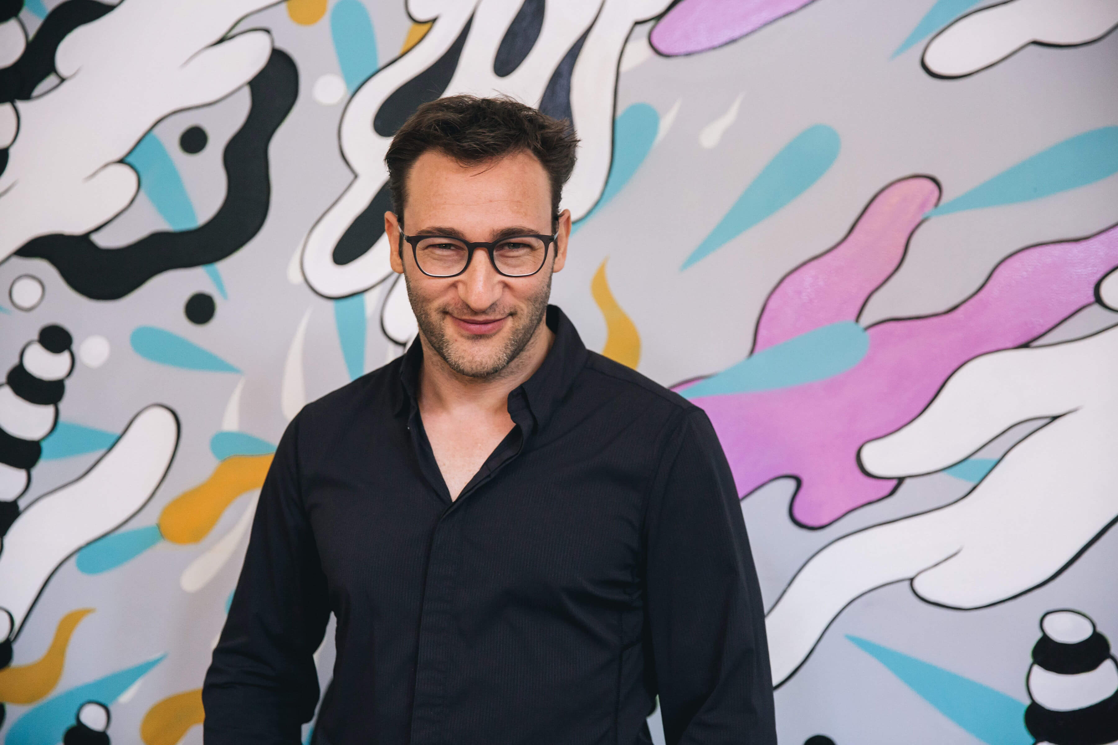 Too many companies think they're playing a finite game Simon Sinek, Photo: CreativeMornings